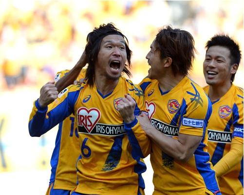 角田2013第6節ゴール.jpg