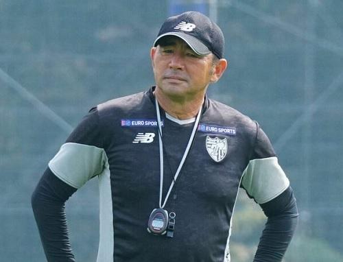 長谷川健太監督練習.jpg