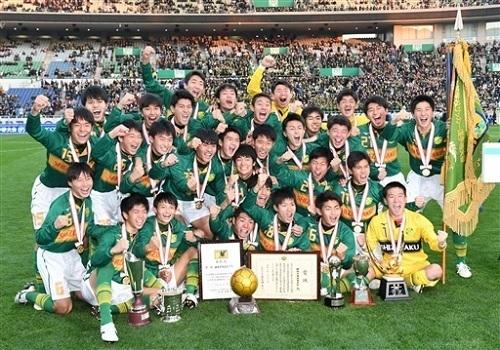 静岡学園2020優勝02.jpg