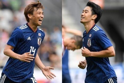 香川と乾日本代表.jpg
