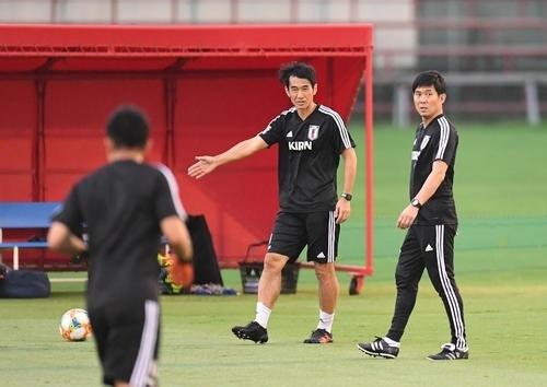 齋藤代表コーチ.jpg