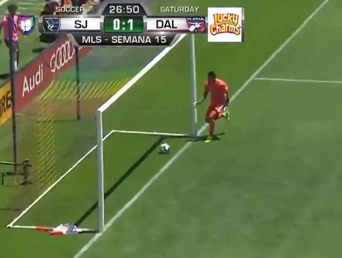 MLS珍オウンゴール.jpg