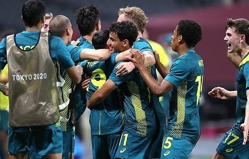 U24オーストラリア代表アルゼンチン戦勝利.jpg